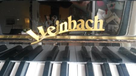 messingblech 0 2 mm mit klavierlack kleben logo eines klavierherstellers. Black Bedroom Furniture Sets. Home Design Ideas