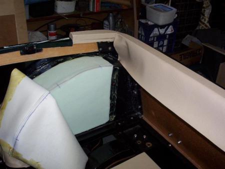 schaumstoff mit vinyl kleben innenverkleidung oldtimer. Black Bedroom Furniture Sets. Home Design Ideas