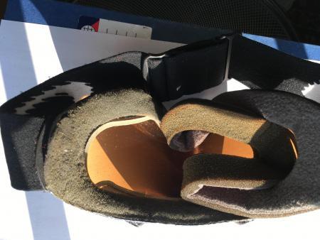 schaumstoff mit schaumstoff kleben skibrille. Black Bedroom Furniture Sets. Home Design Ideas